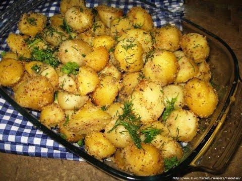 Картошка с мясом и грибами, запеченная в духовке