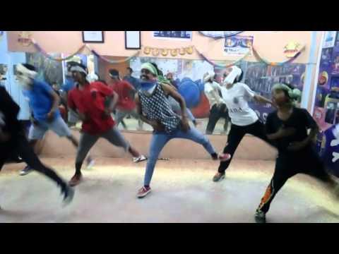 Chaar Bottle Doodh Ka Choreographed by Sunny Rawat
