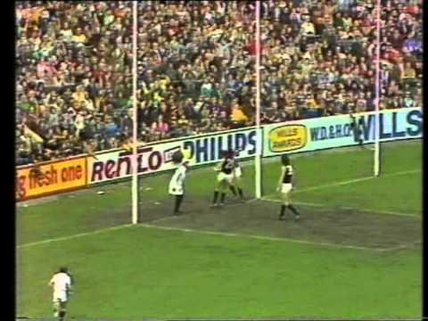 Kevin Bartlett On Football Classics