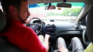 5 способов трогаться на автомобиле с места на механике(Как правильно водить машину - 5 способов как правильно трогаться на автомобиле с места на механике (на механ..., 2016-10-15T07:17:45.000Z)