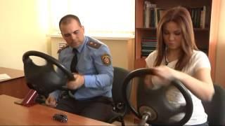 Вращение руля одной рукой(Вращение рулевого колеса на тренажере., 2014-06-01T20:08:46.000Z)