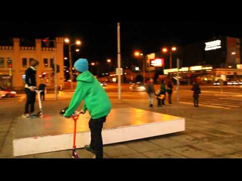 Scooter Tricks Street-Nitra 2012 HD Travel Video