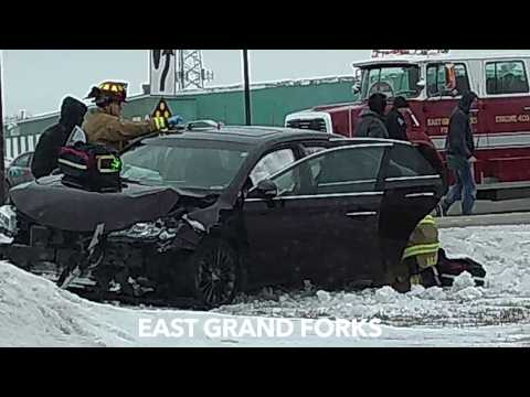 Friday Afternoon 2-Vehicle Crash In East Grand Forks