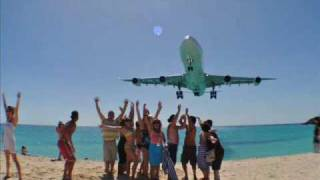St Maarten Maho Beach Air France Airbus A340 LOW Approach