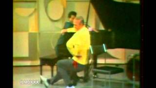 THE YOUNG HOLT TRIO - MELLOW YELLOW (LIVE FRED ASTAIRE SHOW). RECOR...