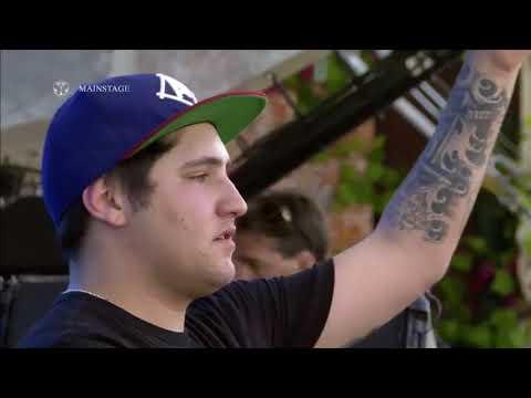 Jauz drops Jauz - Feel The Volume (Ben Nicky Remix) at Tomorrowland 2017