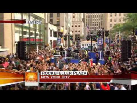 Flo Rida - Right Round  live on Today Show 08/14/09