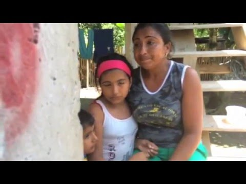Mother appeals for support after Ecuador earthquake on YouTube