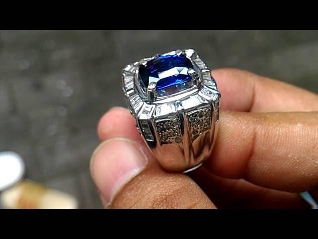 Batu Royal Blue Safir Ceylon 4.25 cts Ring GD