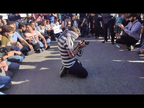 نهاد الجريري: بيان حكومة الإنقاذ بخصوص الصحفيين يتماشى مع رغبة الجولاني  - نشر قبل 3 ساعة