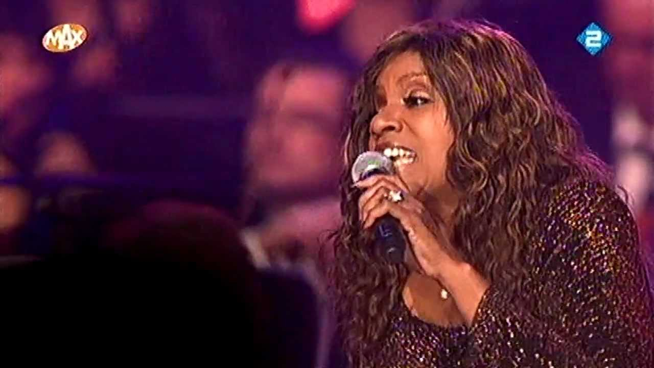Gloria Gaynor & Metropole Orchestra - Never can say goodbye - Maxproms 31-12-11 HD