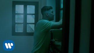 Emanero - Como Vos Lo Hacés (Video Oficial)