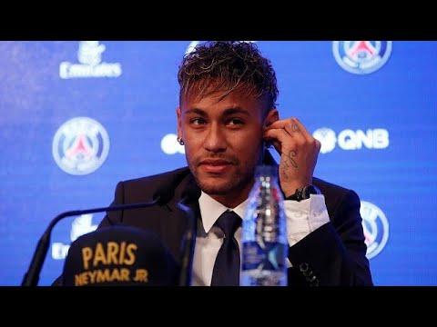 Neymar al PSG: tifosi in coda allo store per la maglia numero 10