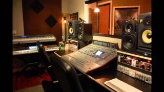 видео Убрать голос из песни онлайн