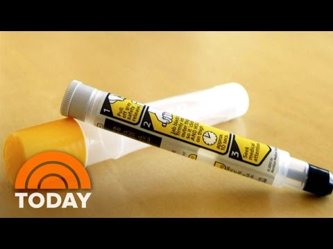 EpiPen's High Price Due To 'Broken' Health System, CEO Heather Bresch Says | TODAY