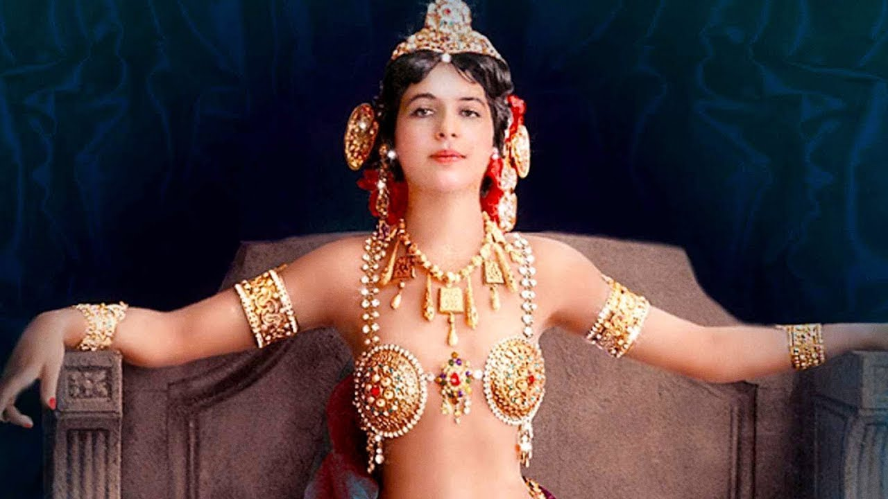 İnsanlık Tarihin En Büyük Kadın Casusu - Neden Kurşuna Dizildi ? Mata Hari