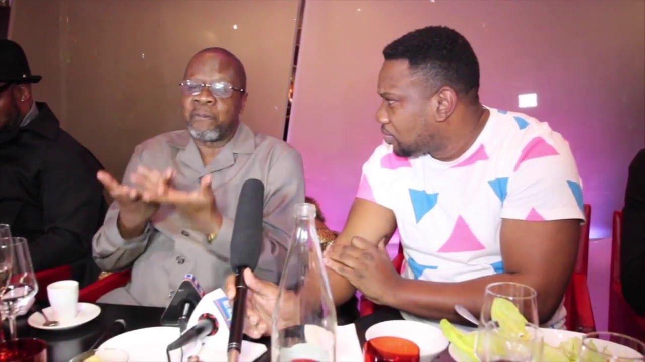 papa wemba r agit sur actualit du moment au micro de st marc youtube. Black Bedroom Furniture Sets. Home Design Ideas