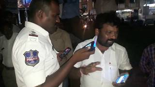 Geesugonda MPP Husband caught in drunk and drive at Kazipet - full video [ Warangal Traffic Police ]