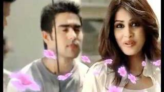 Spinz Talcum Powder Commercial- genelia