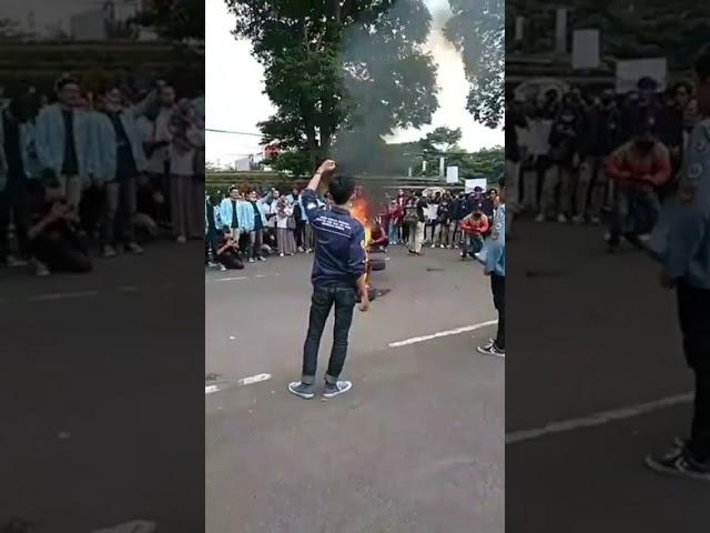 Demontrasi PRMB terkait evaluasi 2 tahun pemerintahan Jokowi