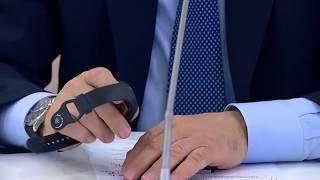 Путину показали отечественный «умный» браслет