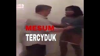 Download Video MESUM SEORANG KAKEK KAKEK DAN SEORANG GADIS TERCYDUK DI TOILET  MESJID MP3 3GP MP4