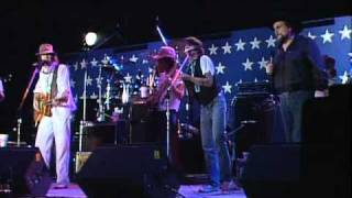 Neil Young & Waylon Jennings - Get Back to the Country (Live at Farm Aid 1985)