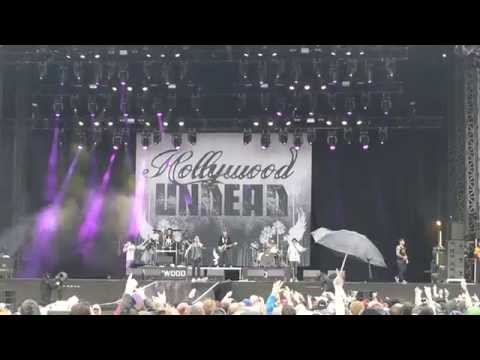 Hollywood Undead - Everywhere I Go [Download Festival 2015]