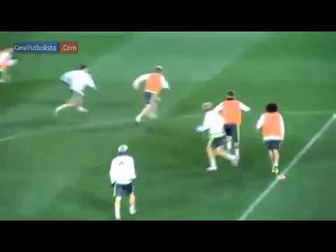 Ronaldo dazzles with back assist as Real...