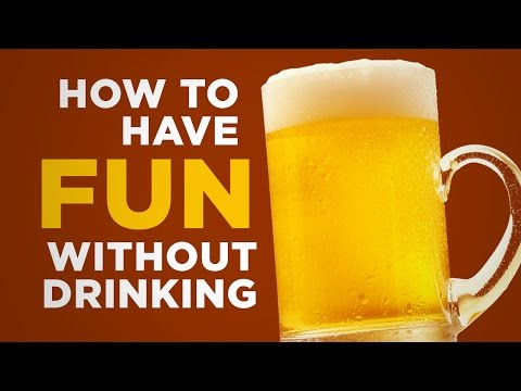 Three Tips to Have Fun at Events When Everyone Else Is Drinking
