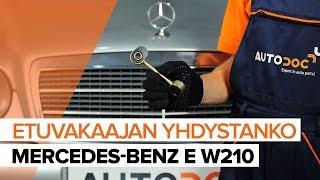 Kuinka vaihtaa etu koiranluu MERCEDES-BENZ E W210 -merkkiseen autoon OHJEVIDEO | AUTODOC