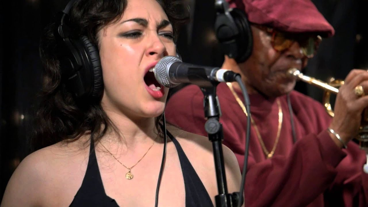 kitty-daisy-lewis-whenever-you-see-me-live-on-kexp-kexp