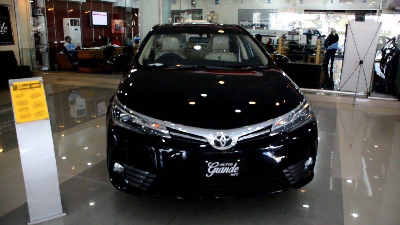 Toyota Corolla Altis Grande Cvt I 1 8 2018 Model