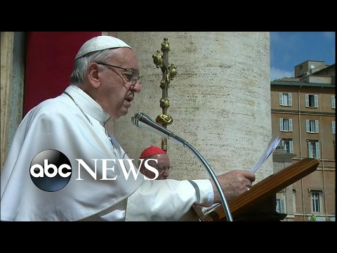 Thumbnail: Pope Francis delivers Easter message to the world