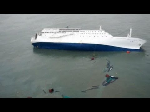 'hundreds-missing':-south-korea-ferry-disaster-worse-than-first-thought