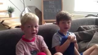 Het Zesde Metaal - Nie Voe Kinders (official video)