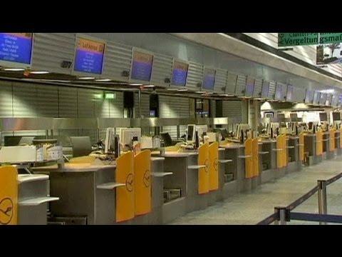 Verdi clips Lufthansa's wings in half-day strike