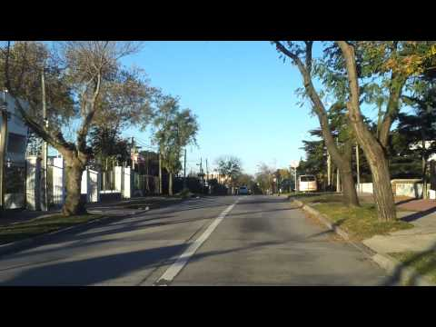 Montevideo recorrido por calle jose batlle y ordo ez for Mueblerias por calle rivera montevideo
