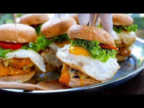 Тайская еда - Крокодил Чизбургер двойной желток яйца Бангкок Таиланд