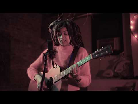 Valerie June - Astral Plane (Buzzsession)