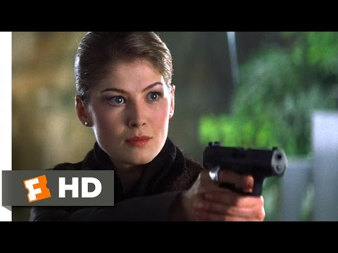 Die Another Day (8/10) Movie CLIP - Looks Can Be Deceptive (2002) HD
