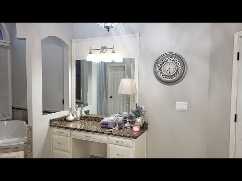 master-bathroom-budget-friendly-updates/before-&-after