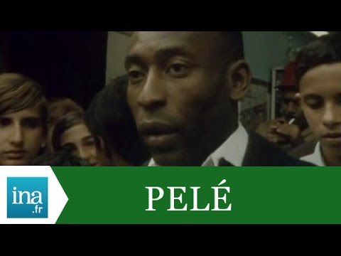 """Pelé """"Je suis un homme comme les autres"""" - Archive INA"""