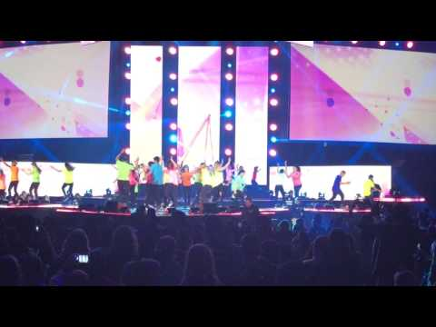 WE Day 2017  Performance