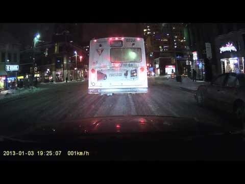 STO Bus Going Through Red Light in Ottawa
