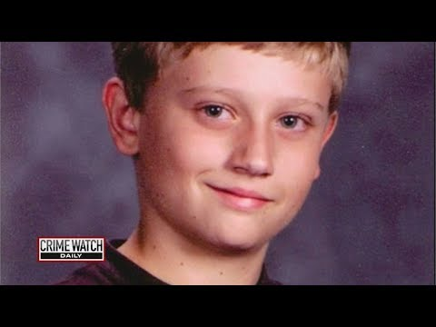 Did A Diaper Photo Lead to This Boy's Death? - Crime Watch Daily with Chris Hansen