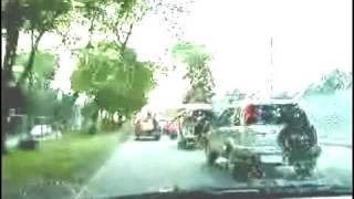Philippines : Driving and avoiding killer buses and other hazards p1