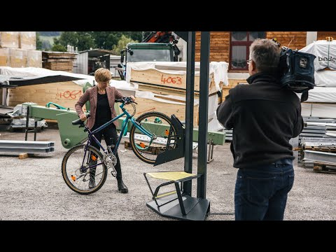 Salzburger Startup Bikeparker baut vertikale Fahrradständer
