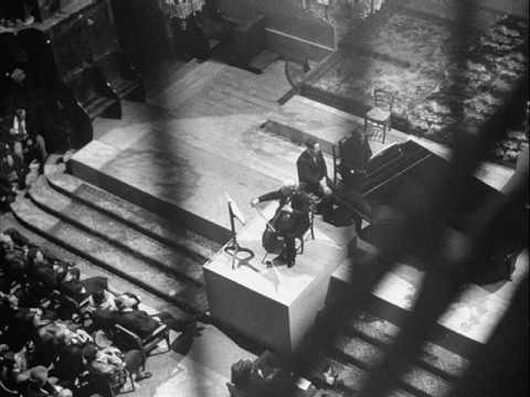 Pablo Casals: Bach Gamba Sonata No. 3 - 2nd mvt.