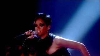 Rihanna - Disturbia Live On Divas (23/11/08)